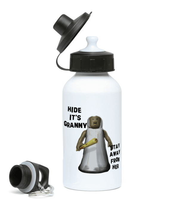 Granny's coming – stay away – 400ml Water Bottle granny's coming